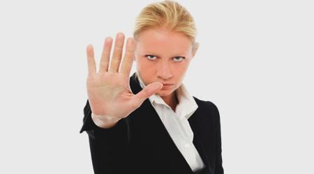 Támad az agresszió! - Az agresszív viselkedés kommunikációs megjelenési formái, és a védekezés módjai