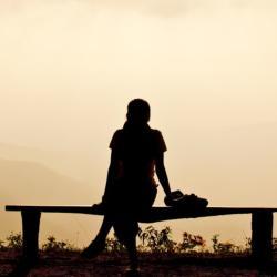 Miért fontos egyedül lenni két kapcsolat között?