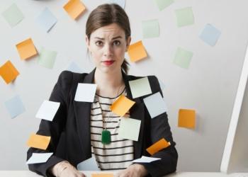 Hogyan ismerj�k fel a ki�g�s (burnout) t�neteit? Mi�rt burnout (ki�g�s) vesz�lyeztetettebbek a n�k?